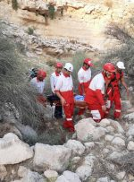 عملیات ۳ساعته گروه امداد و نجات برای نجات کوهنورد جمی در کوههای بهارستان +تصاویر
